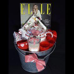 Even tijd voor jezelf, Iedere vrouw heeft dat wel eens nodig...even tijd voor jezelf. Lekker op de bank met een pot thee, lekkere bonbons en een prachtig tijdschrift.