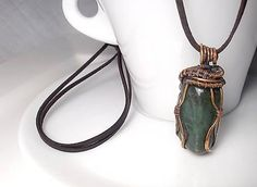 Prívesok Adam, wire pendant green avantirin wrapping diy copper jewelry