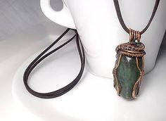 Prívesok Adam, wire pendant green avantirin wrapping diy copper jewelry