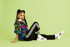 adidas Originals team up with Anti-Agency to relaunch the Superstar Grunge Outfits, 90s Fashion Grunge, Dope Fashion, Fashion Outfits, Swag Fashion, Fashion Shoot, Fashion Pants, Spice Girls, Liv Tyler