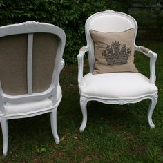 classic, fabulous trove linen & burlap chairs, went to live in NYC