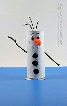 Cardboard tube Olaf: Snowman from Frozen by Amanda Formaro .Cardboard tube Olaf: Snowman from Frozen by Amanda Formaro . amanda formaro frozen pappschlauch schneemannDIY hydrangea & fern wreathYou believe how quick Kids Crafts, Winter Crafts For Kids, Cute Crafts, Diy For Kids, Spring Crafts, Toddler Crafts, Creative Crafts, Easy Crafts, Toilet Paper Roll Crafts