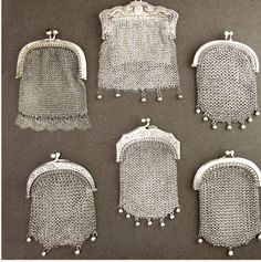 Antique French Silver Chain Mail Mesh Lady's Chatelaine Coin Purse: Removed Antique French Silver Chain Mail Mesh Lady's Chatelaine Coin Purse Vintage Purses, Vintage Bags, Vintage Handbags, Vintage Shoes, Silver Purses, Silver Bags, Silver Chains, Beaded Purses, Beaded Bags