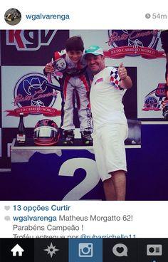 Troféu entregue por Rubens Barrichello