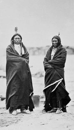 Sinte Gleska and Quick Bear - Brule Sioux Nation - 1868 Native American Pictures, Native American Tribes, Native American History, American Indians, Native Americans, American Symbols, African Americans, Indiana, American Indian Art