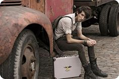 suspenders jeans boots steampunk outfit