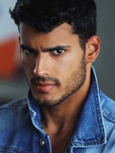Hispanic Model, Latino Men, Male Eyes, Man Character, Model Face, Male Photography, Haircuts For Men, Men Hairstyles, Attractive Men