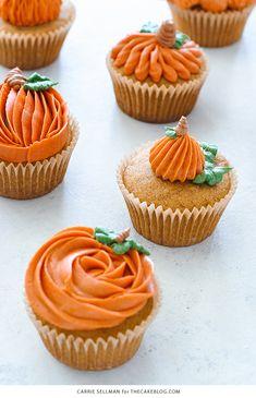 Pumpkin Cupcakes 8 Ways 8 Ways to Decorate a Pumpkin Cupcake with Buttercream Frosting Buttercream Frosting For Cupcakes, Cupcake Icing, Cupcake Cakes, Thanksgiving Cupcakes, Autumn Cupcakes, Pumpkin Cupcakes Easy, Fall Wedding Cupcakes, Holiday Cupcakes, Wedding Cakes