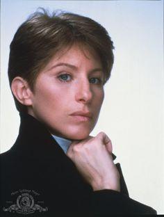 Still of Barbra Streisand in Yentl (1983)