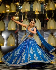 Stunning Anita Dongre Lehengas Spotted On Real Brides Pink Bridal Lehenga, Blue Lehenga, Silk Lehenga, Indian Lehenga, Bollywood Lehenga, Bridal Outfits, Bridal Dresses, Sangeet Outfit, Mehendi Outfits