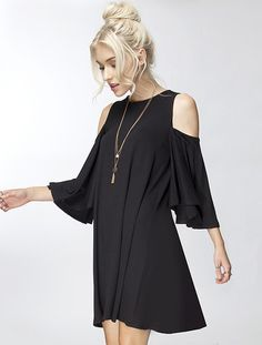Our Best Selling Dress! Chic and flirty swing dress features a cold shoulder sleeve, beautiful ruffle sleeves and adorable swing fit. Make it casual with leggings and good or dress up with stiletto. Casual Dress Outfits, Summer Dress Outfits, Fashion Outfits, Trendy Outfits, Off Shoulder Dresses, Cold Shoulder Dress, Shoulder Sleeve, Swing Dress, Dress Up