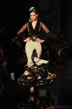 Flamenco Fashion by Faly Feria al Rocío, 2013