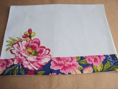 Discover thousands of images about Hand Embroidery, Embroidery Designs, Patch Quilt, Dish Towels, Fabric Painting, Needlework, Diy And Crafts, Sewing Projects, Tapestry