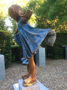 kijk dan! | Babke's Bronzen Beelden Pottery Angels, Just Smile, Paris, Sculpture Art, Sculpting, Glass Art, Street Art, My Arts, Creative