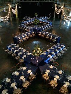 Liberty Party Rental Offers Unique Seating Arrangement Ideas For Wedding Receptions | Nashville Wedding Guide for Brides, Grooms - Ashley's Bride Guide YOUR WEDDING INSPIRATION GUIDE IS WAITING FOR YOU...