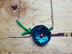 Tutorial: Single-Stem Rosette Necklace