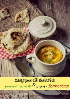Zuppa di carote e finocchi arrosto con focaccine di Jamie Jamie Oliver, Cheeseburger Chowder, Hummus, Soup, Ethnic Recipes, Carrot, Soups