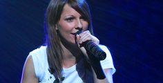 """Christina Stürmer mit """"Nahaufnahme"""" - Neues Album - Sängerin Christina Stürmer hat für September ihr neues Album angekündigt. Die erste Singleauskopplung """"Wir leben den Moment"""" ist gerade erschienen."""