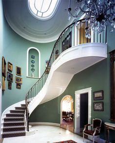 Dramatic curved staircase