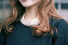 curles, lace collar, jumper, style, fashion