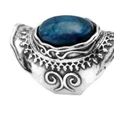 Labradorite on sterling silver ring by Bluenoemi on Etsy, $149.00