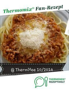 """Thermifees """"stückige"""" Bolognesesoße Thermifees """"chunky"""" Bolognese sauce from Thermifee. A Thermomix ® recipe from the main course with meat category www.de, the Thermomix ® community. Pork Chop Recipes, Salmon Recipes, Lunch Recipes, Baby Food Recipes, Fall Recipes, Chicken Recipes, Potato Recipes, Chicken Fajitas Calories, Beste Bolognese"""