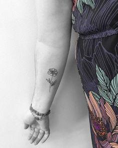 Minimal Poppy Tattoo by Jon Boy