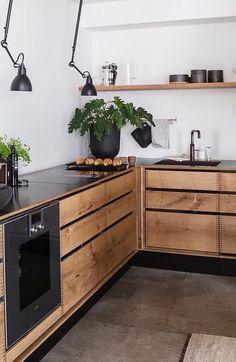 Kitchen Inspiration // Loft Interior The Perfect Scandinavian Style Home Industrial Kitchen Design, Design Your Kitchen, Interior Design Kitchen, Industrial Kitchens, Interior Plants, Design Bathroom, Loft Kitchen, New Kitchen, Kitchen Decor