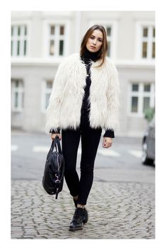 Ingrid Holm is wearing a white shaggy jacket from Lindex. White Fur Jacket, Black Leather Pants, Norwegian Fashion, Viernes Casual, Leggings Outfit Winter, Popular Outfits, Cute Winter Outfits, Street Outfit, Casual Look