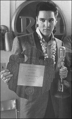 Fundraising Efforts for USS Arizona Memorial Designated Spotlight Non-profit for Elvis Presley Fan Club Presidents' Event during Elvis Week 2012