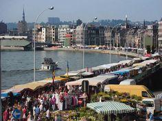 La Batte (c) visitbelgium.com - Markten in Luik voor als we in Maastricht zijn- Sunday market in Luik Belgium