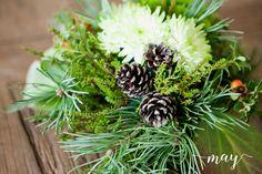 Birthday party flowers, floral design by MAY: 60v syntymäpäivät Uppalan Kartanossa, kukka-asetelma