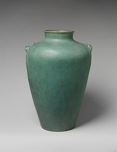 """Ralph Radcliffe-Whitehead (1854-1929) - White Pines Pottery (1913-1929) - Vase. Carved & Matte Glazed Pottery. Byrdcliffe, Woodstock, New York. Circa 1915. 14-1/8"""" x 9-5/8""""."""