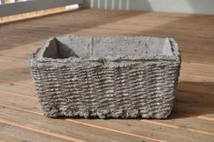 Hypertufa Recipe Using Concrete Mix | handmade flower pot | Little Birdie Secrets