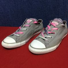 CONVERSE ALL STAR OX . Gray Multi tongue . 38.5 8 Gentle wear to uppers and soles . . No issues Converse Shoes