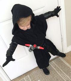 Homemade Kilo Ren costume!