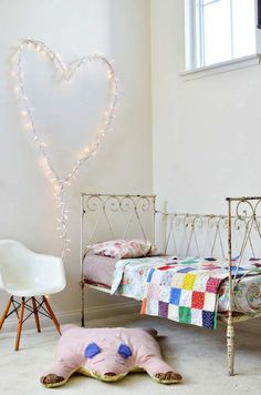 Adorable heart shaped fairy lights | 10 Illuminating Kids Lights - Tinyme Blog