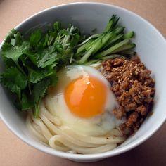 冷やし肉味噌うどん: Cold Udon Noodle Salad