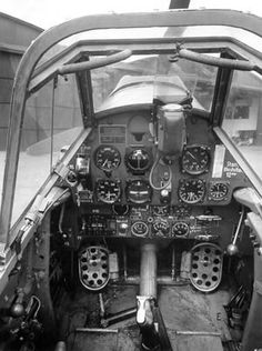 Messerschmitt (Bf-109): Cockpit showing instrumentation panel.