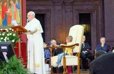 Religionline: Primeiros meses do Papa Francisco - imagens improváveis