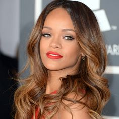 Paul Mitchell Schools | Rihanna's Loose, Highlighted Waves