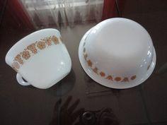 Vintage White/Rust Pyrex Flower Design Cup & Soup Dish