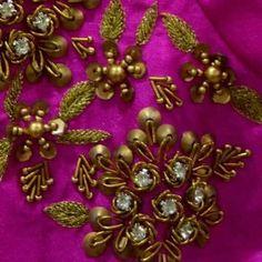 Zardosi Embroidery, Bead Embroidery Patterns, Hand Work Embroidery, Beaded Embroidery, Embroidery Designs, Hand Work Blouse Design, Bridal Blouse Designs, Sleeve Designs, Henna Designs