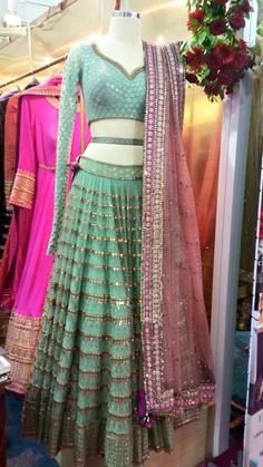 Turqouise Embellished With Pink Dupatta. Indian Bridal Outfits, Indian Designer Outfits, Pakistani Outfits, Indian Dresses, Designer Dresses, Indian Lehenga, Red Lehenga, Lehenga Choli, Sarees