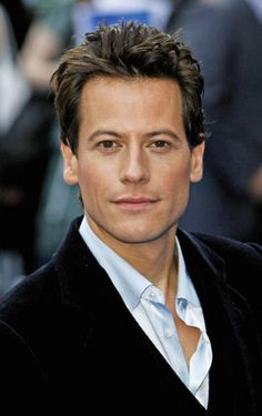 Ioan Gruffudd [guest star on Castle season 5 ep 21 The Squab and the Quail]