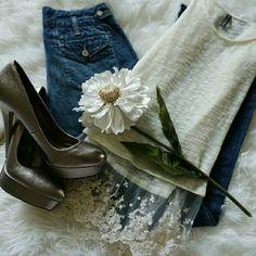 """💞SALE💞 Paige """"Brentwood"""" Premium Denim Jeans Awesome Paige """"Brentwood"""" Trouser  Premium Denim Jeans 33"""" Inseam 100% Cotton Paige Jeans Jeans"""