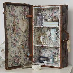 Vintage bathroom storage | bathroom storage ideas | PHOTO GALLERY | Ideal Home | housetohome.co.uk