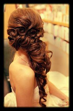 Amazing wedding hairstyle - side @Jackie Gregory Elegant simplyelegantforyou.com/