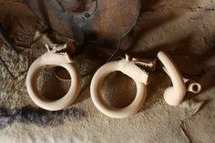 Réplicas finalizadas de trompetas numantinas, en las que se ha tomado como…