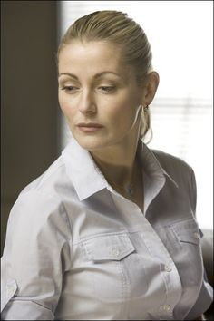 Louise Lombard = Rachel Morgan in the Gallagher Girls series by Ally Carter Louise Lombard, Rachel Morgan, Pleasing People, Fantasy Team, Gallagher Girls, Tv Show Casting, Las Vegas, Ncis Los Angeles, Girls Series